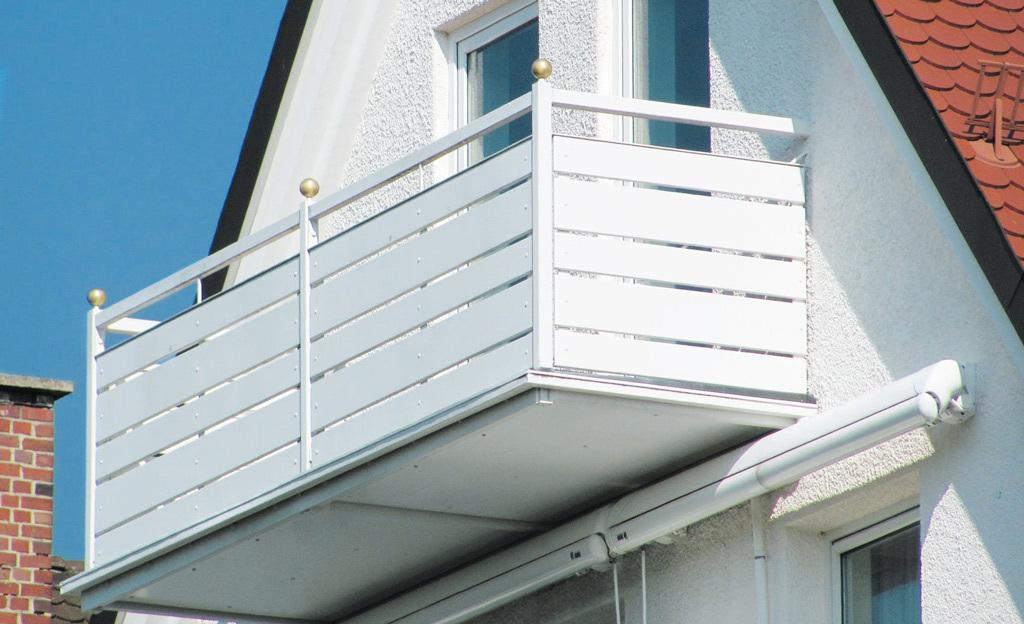 Balkonbretter for Garten planen mit balkon alu holzoptik